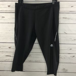 TNF crop leggings
